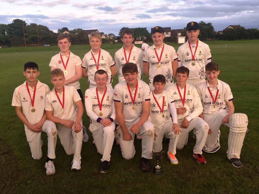 Under 15 League Division 2 Winners 2017 - Instonians B