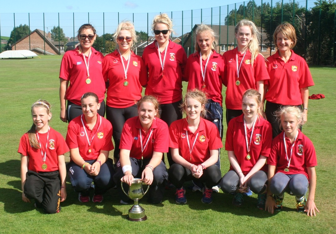 Womens Premier League Winenrs 2014 - Lurgan Ladies